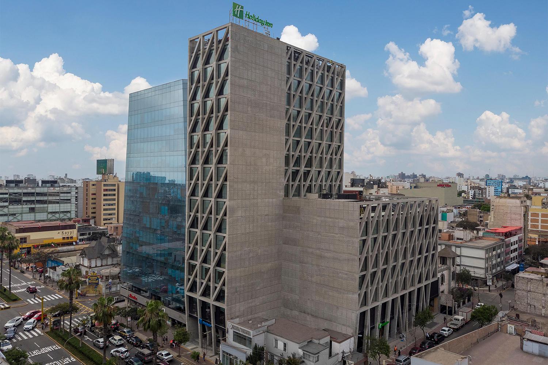 Hotel construido por DVC gana el premio Arquitectura y Ciudad 2020