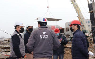 Autoridades del Serviu elogian a Fai por construcción industrializada e integración habitacional